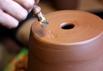 Le dépôt du poinçon des poteries d'Albi