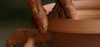 Les mains dans la terre, les poteries d'Albi