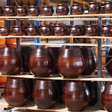 Les poteries d'Albi finition ciréé