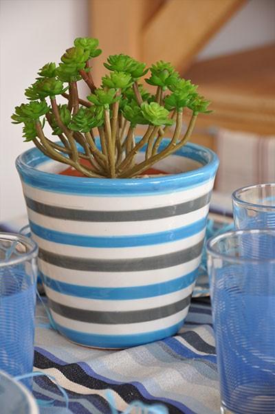 Pot Mini cone bleu-gris de l'édition limitée Lin tissé Rayé, le Poteries d'Albi