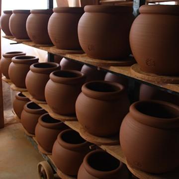 Les poteries d'Albi mises au séchoir